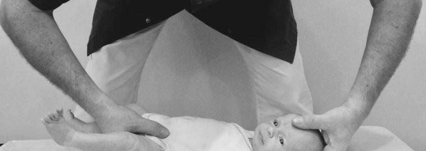comment se passe la consultation d'un nourrisson chez un osteopathe